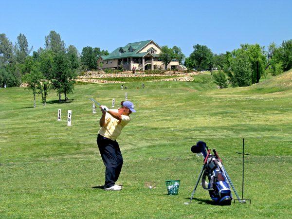 gold-hills-golf-course-range-2