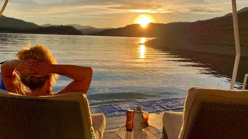 shasta-lake-sunset-terri