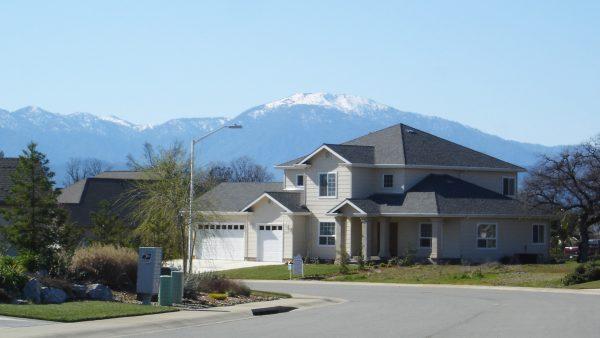 gold-hills-redding-neighborhood-view-1